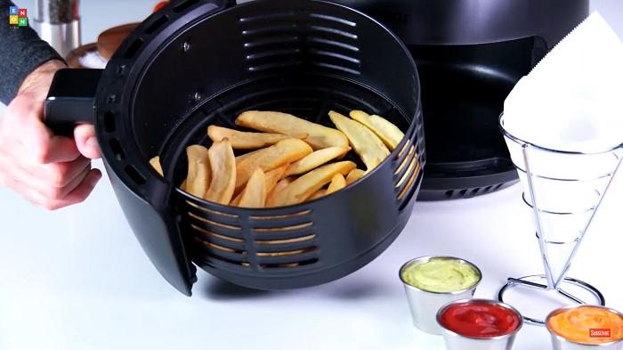Air Fryer With Racks